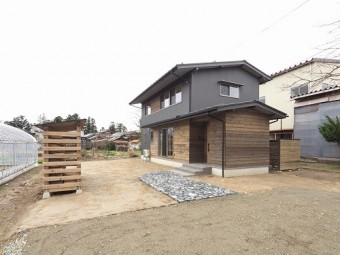 薪棚造作、シングル材施工