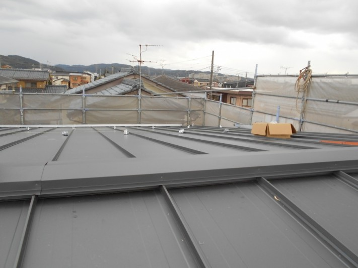 三条市 GL鋼板葺き工事