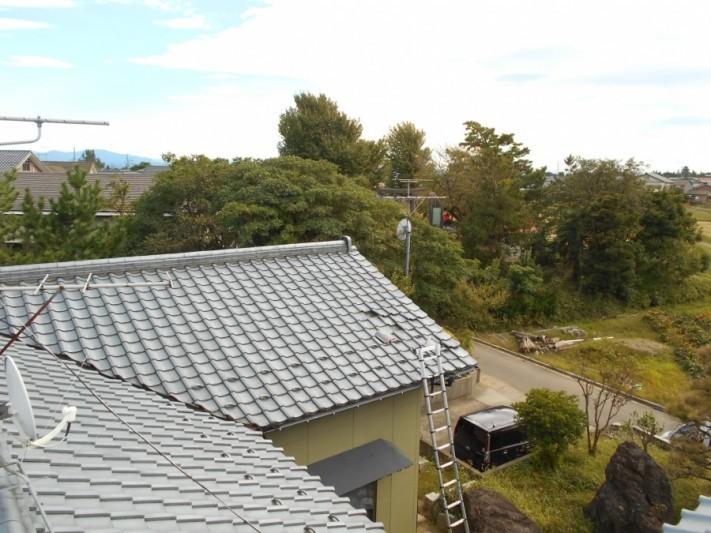 新潟市西蒲区 爆風による瓦飛散