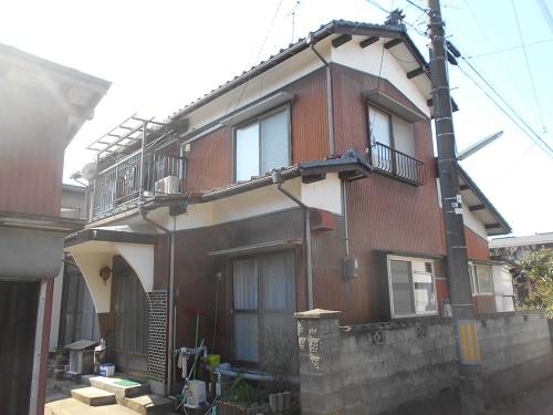 屋根葺き替え、外壁張替工事