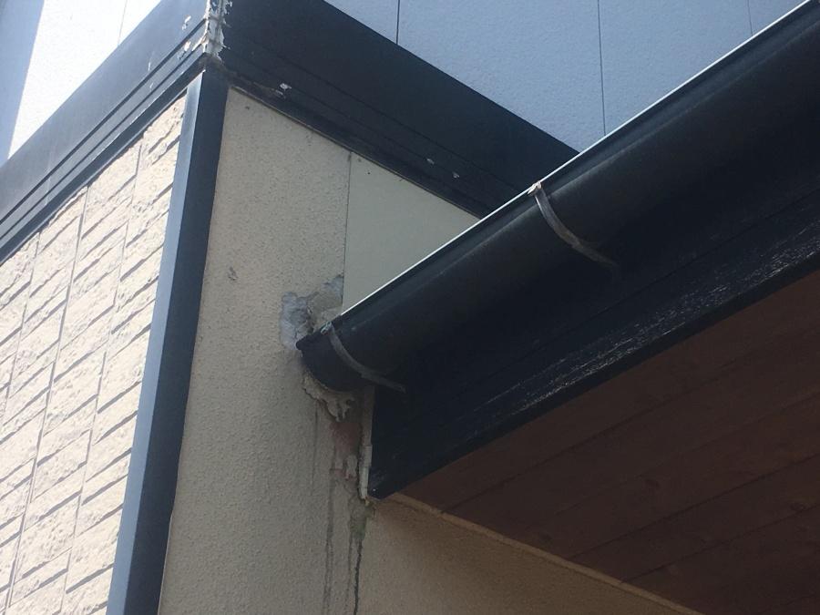 外壁剥離した箇所を修繕工事