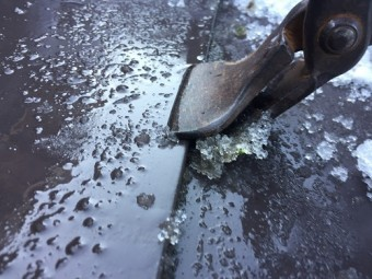 板金屋根 板金つかみ 雨漏り