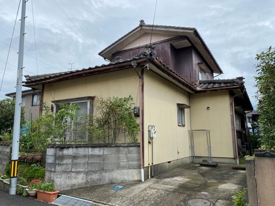 新潟市東区で下屋雨漏れ修繕工事を行ったS様のアンケートをご紹介
