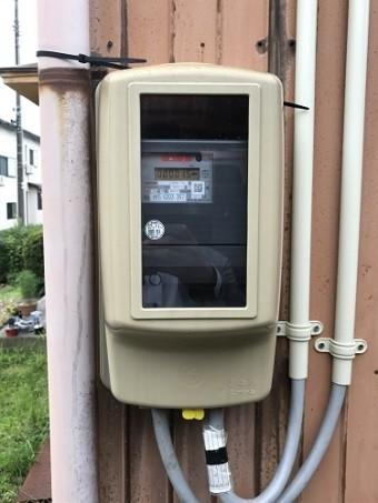 電気メーター 外壁張替