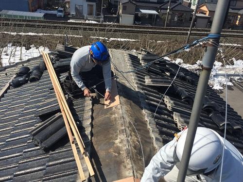 棟下地 補修 雨漏り 秋葉区 ベニヤ