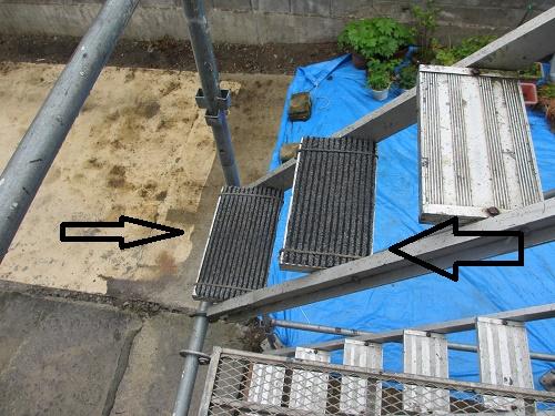 屋根葺き替え工事、仮設足場