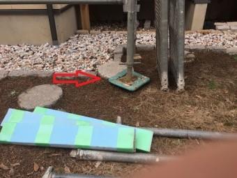 雨樋修繕、仮設足場設置