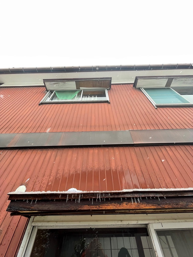 出窓雨漏れ部