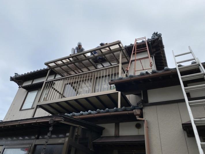 ポリカ屋根張替工事