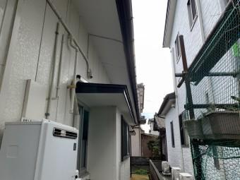 雨樋破損のため現地調査