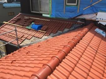 瓦屋根 棟つき 一枚冠