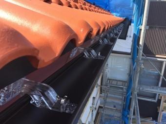 新規雨樋取付 吊り金具