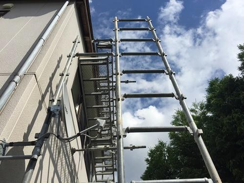 外壁塗装 足場の設置 昇降階段