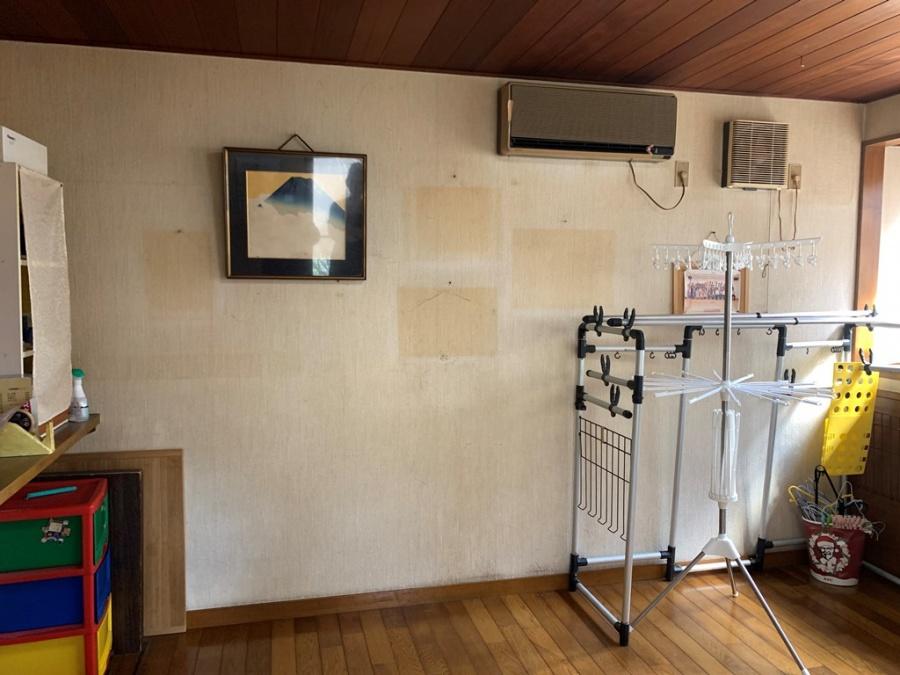 1階・2階の部屋の内壁クロス貼り替え工事