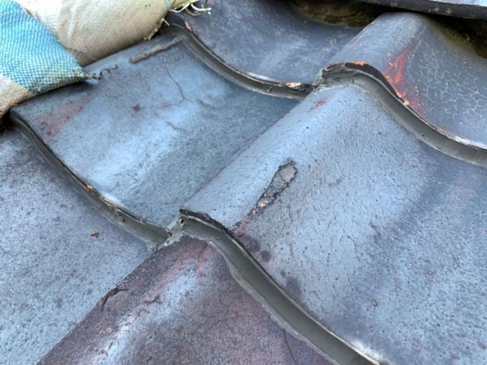 築50年以上の瓦屋根で雨漏り発生