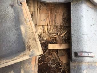 玄関 雨漏り 検査 下地