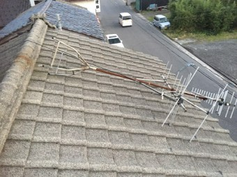 屋根上検査 TVアンテナ 倒壊