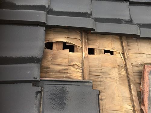 雨漏り箇所 和瓦 下地 ザラ板