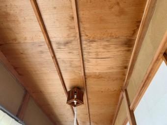 下屋縁側雨漏れ修繕工事