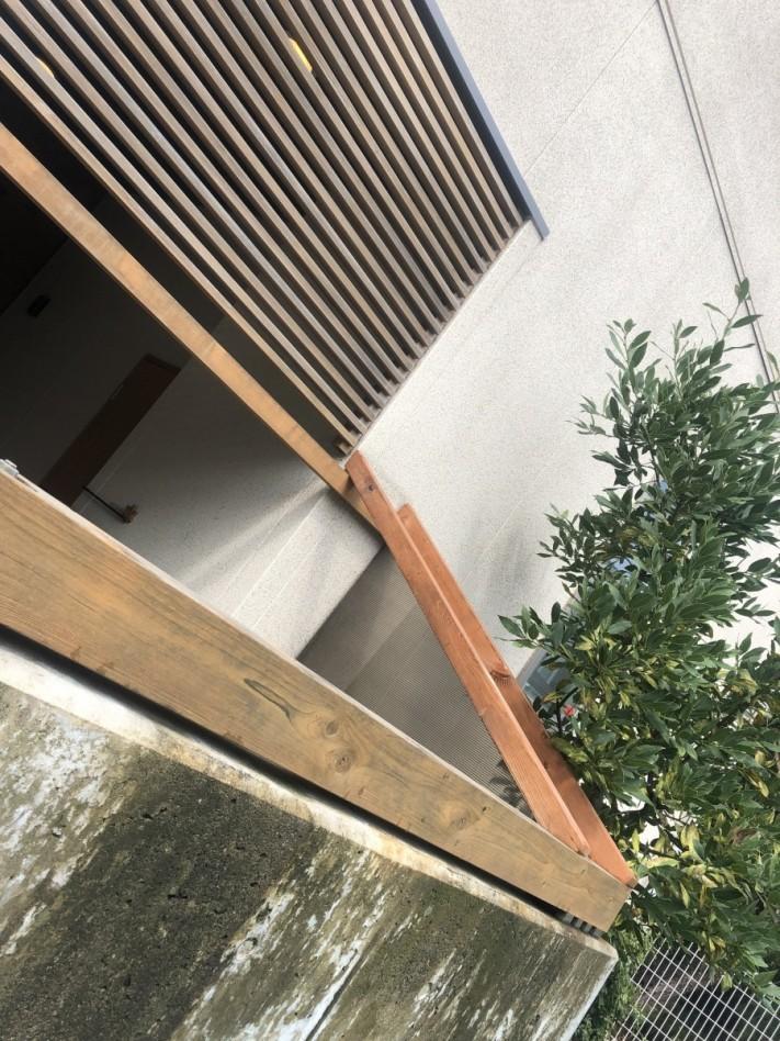 自転車小屋の垂木交換