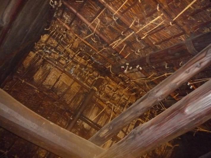茅葺屋根メンテナンス