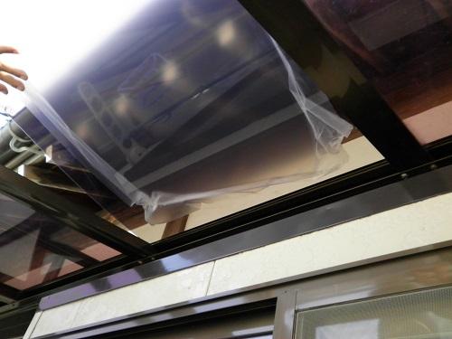 新潟市西区 ポリカ屋根取付 フィルム