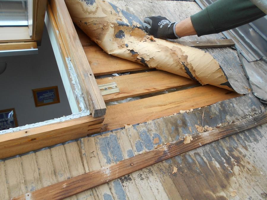 長岡市 天窓の修繕工事を行いました【VELUX製天窓】