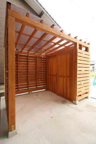 新潟市西区 塗装 自転車小屋